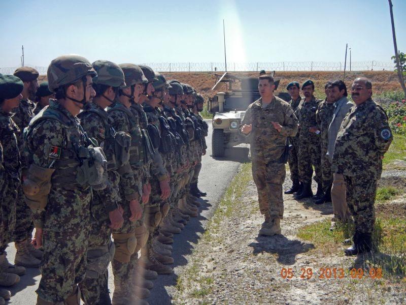 Elite Afghan soldiers complete trainin...