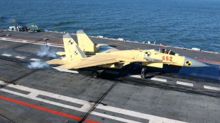 Experts' Comparative Analysis of Performance Between J-15 and U.S. F-18