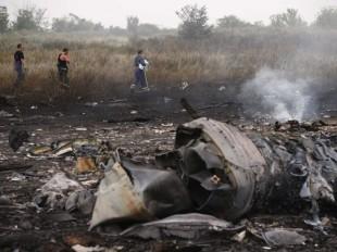 Russia slams US for implicating rebels in jet crash