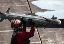 AIM-9X Sidewinder Missile Demonstrates Surface-Launch ...