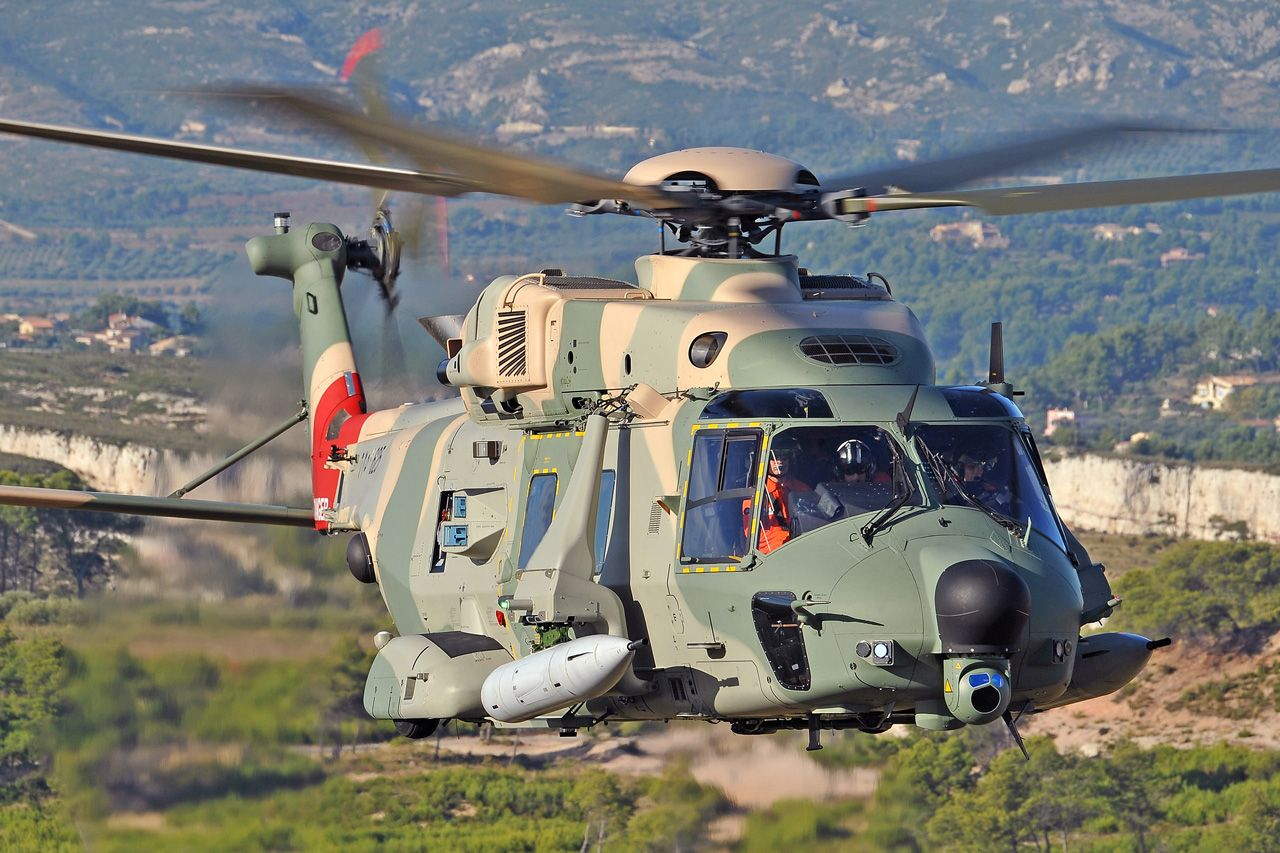 french army helicopters with First Selex Es Anti Collision Laser System Operational On Italian Nh90 Helicopter 65654 on 182 further Eurocopter AS 565 Panther further Japanese Special Operations Group together with 2401 moreover French Army Afghan 1.