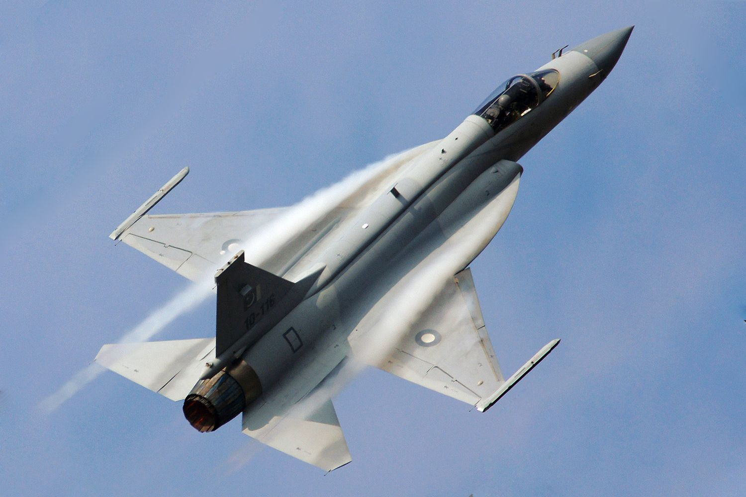 China Confirms First Export Sale of JF-17 Fighter ...