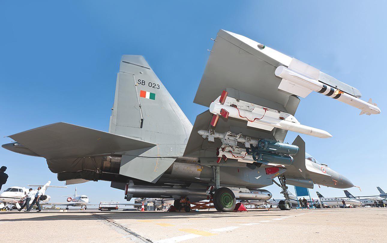 BGM-109 Tomahawk Cruise MissileDefenceTalk com | at DefenceTalk