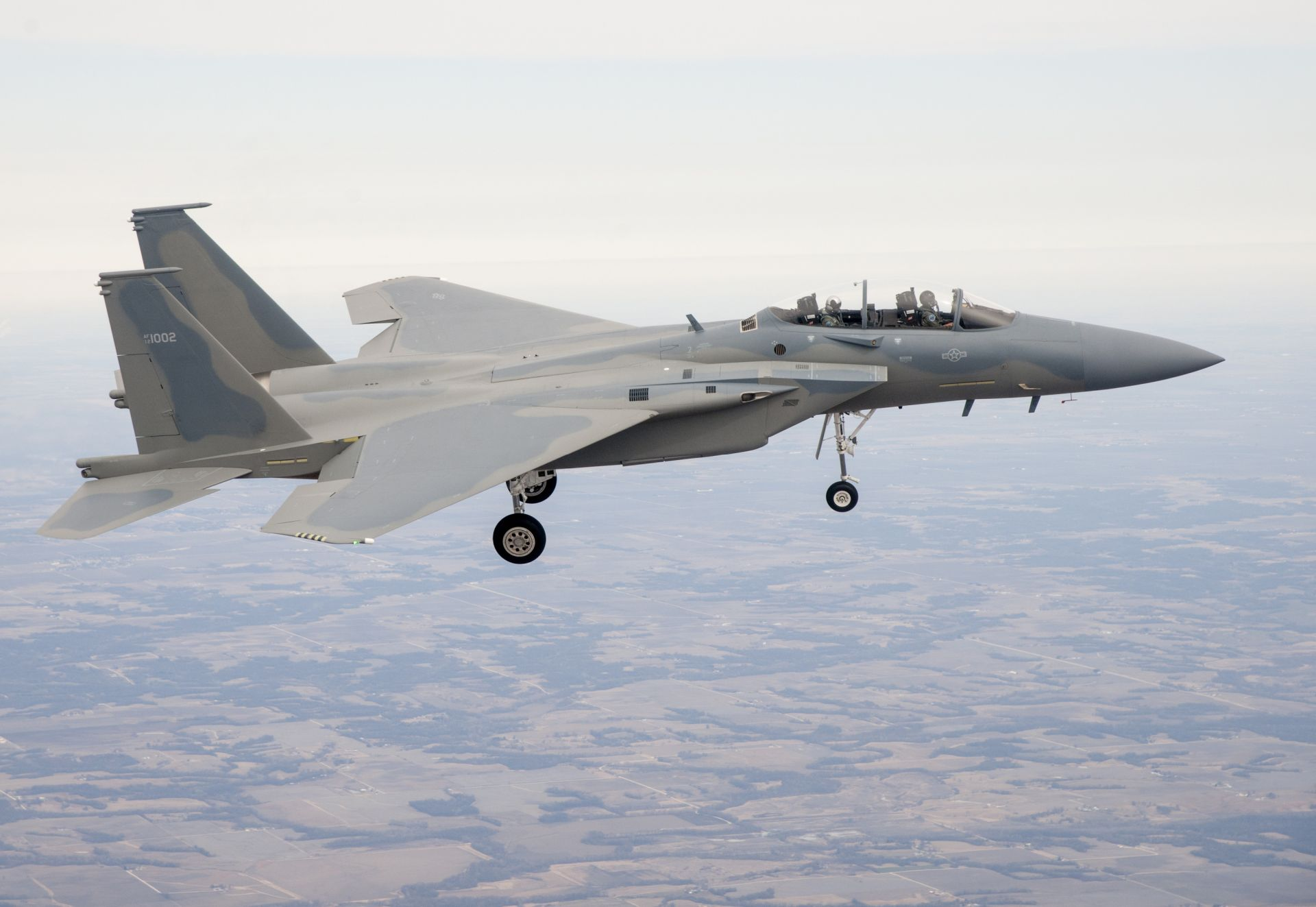 royal saudi air force flies high with new f 15sa fighter jets at defencetalk. Black Bedroom Furniture Sets. Home Design Ideas