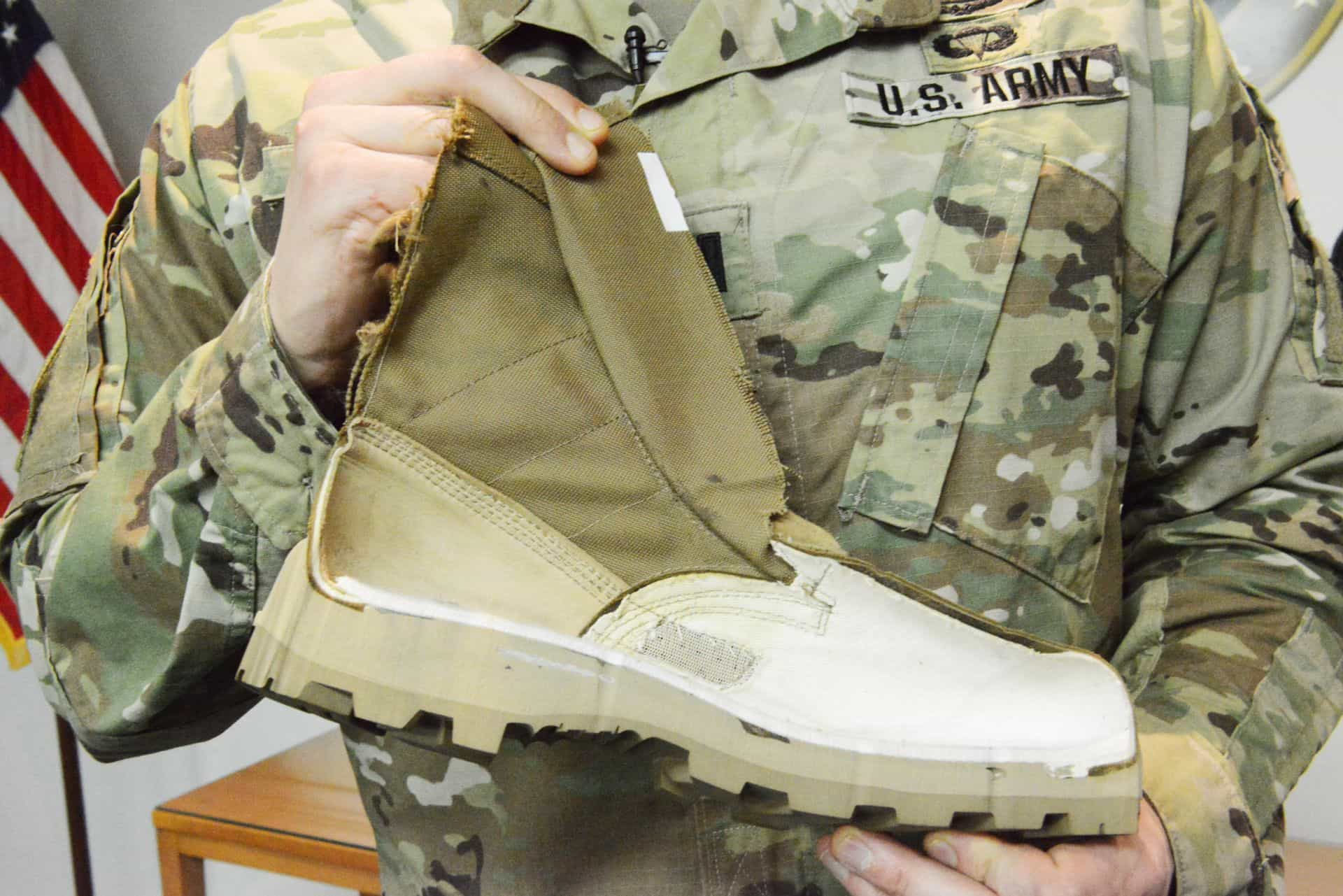 New Us Army Jungle Wear Gives Trench Foot The